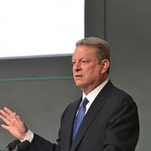 "Al Gore: Divest from Fossil Fuel Stocks Before the ""Carbon Bubble"" Bursts"