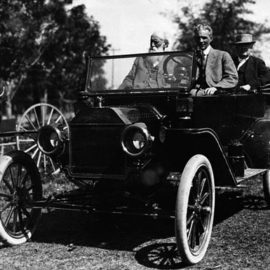 "On This Day: The First ""Universal Car"" Was Sold"